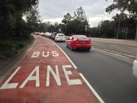 bus_lane_airport_shuttle_service_sydney